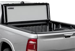Access LOMAX Stance Folding Tonneau Cover