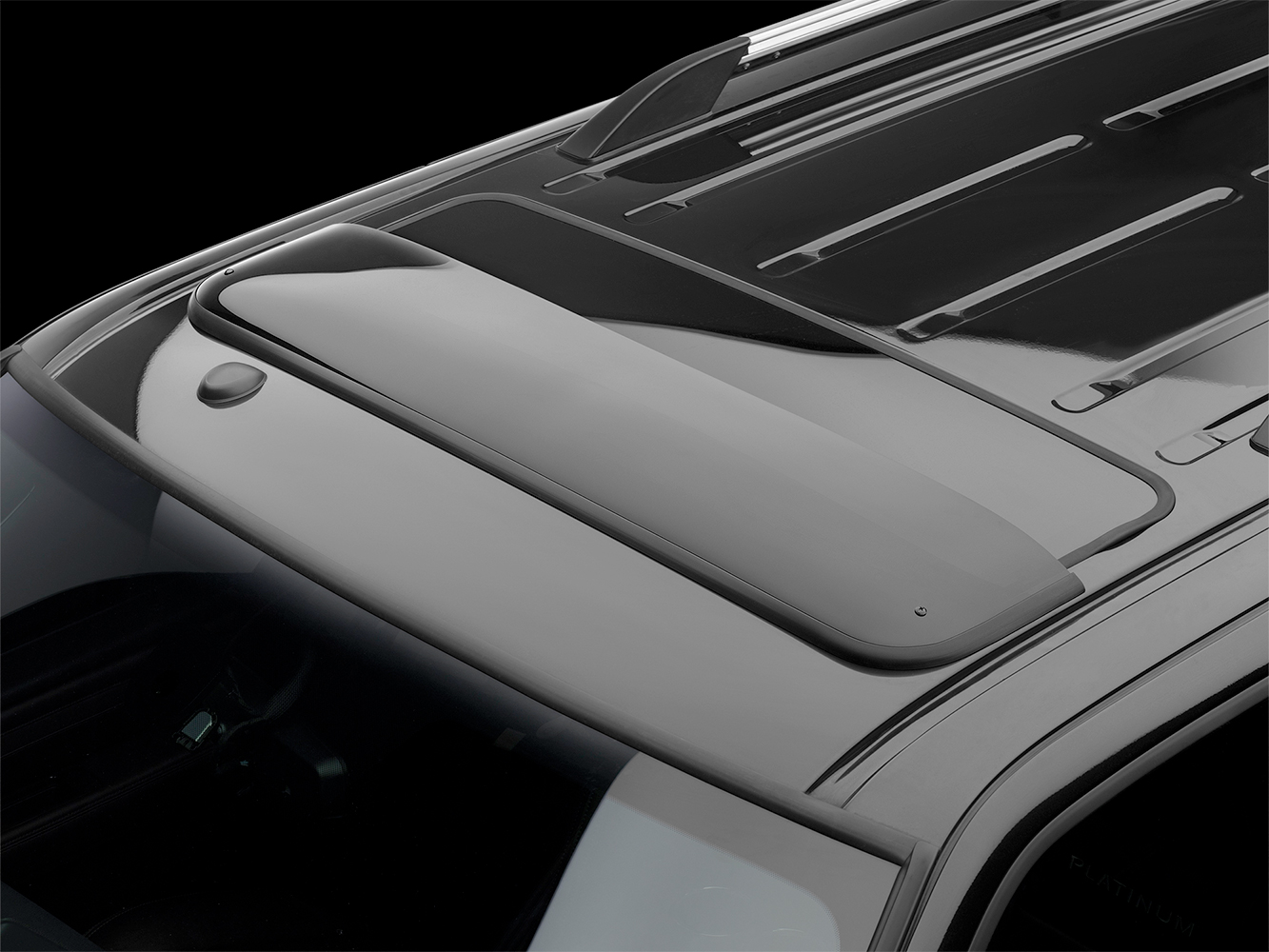 Suv wind deflector for towing autos post