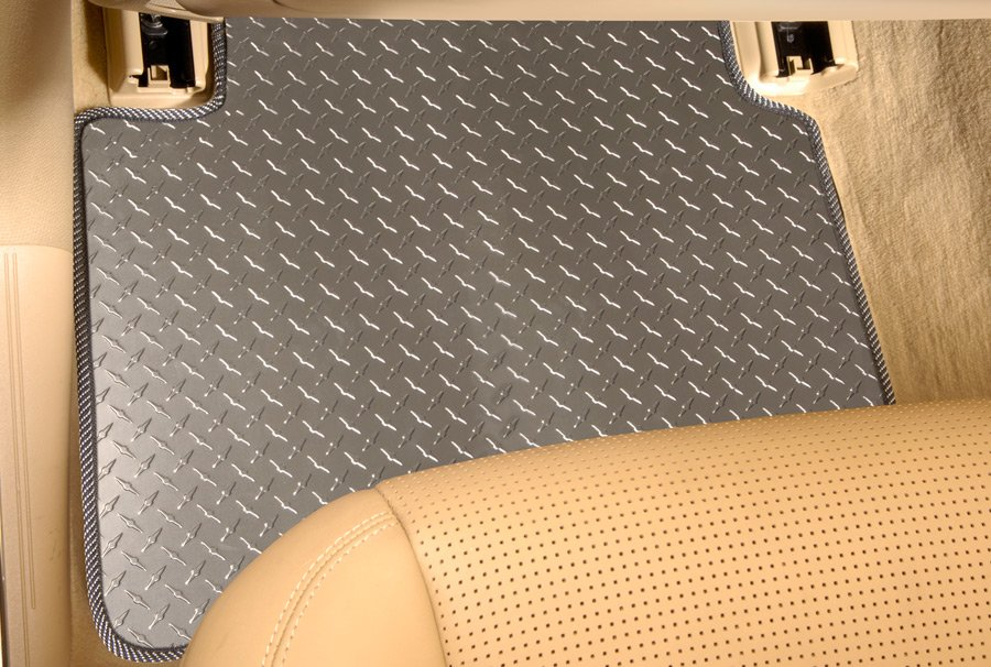 intro tech diamond plate floor mats free shipping. Black Bedroom Furniture Sets. Home Design Ideas