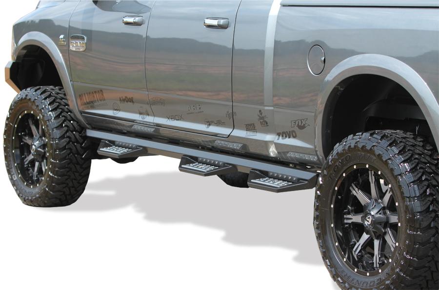 Lg on Dodge Ram 2500 Steps