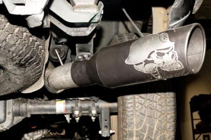 "Gibson 61-1048 Metal Mulisha Skull Ceramic Exhaust Tip Inlet 2.75/""-3/"" Outlet 5/"""