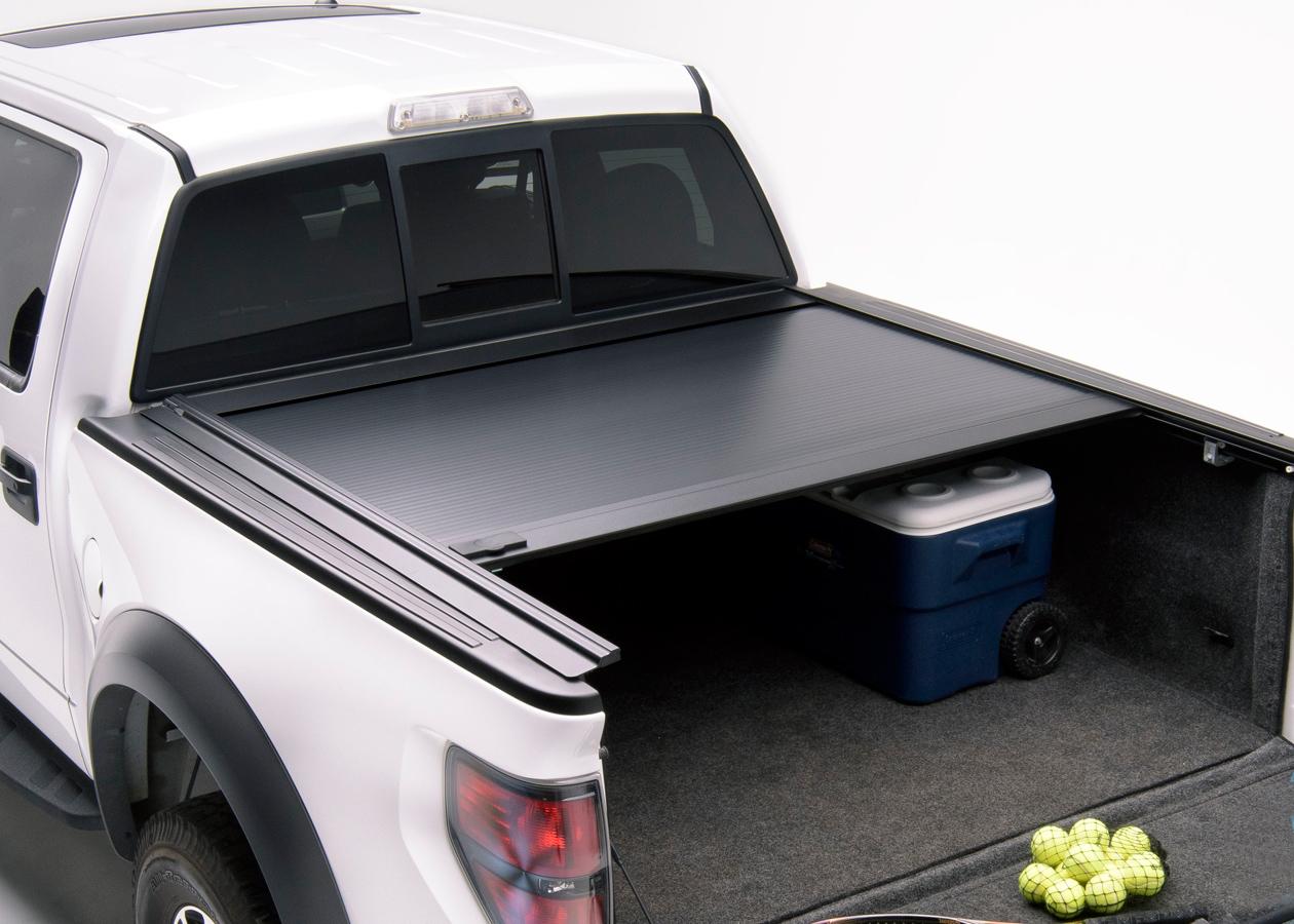 2014 Nissan Frontier Accessories >> 2014-2019 Chevy Silverado Retrax One MX Tonneau Cover ...