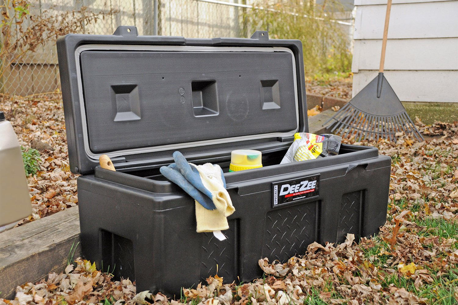 Truck Chest Tool Box >> Dee Zee Poly Utility Chest Tool Box - Truck Storage - FREE SHIPPING