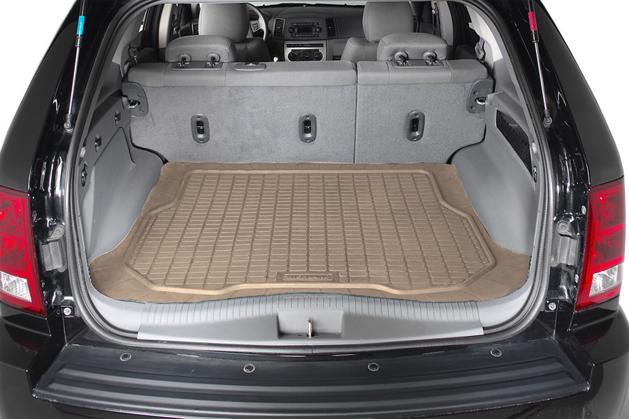 Highland Custom Fit Rubber Cargo Mat